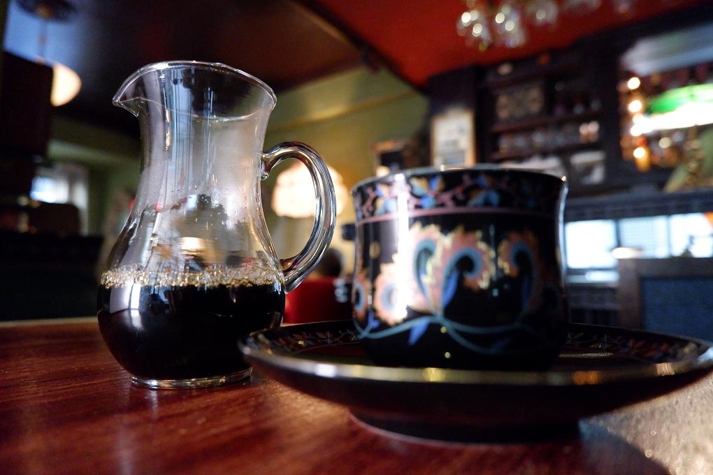 【泰國 曼谷美食】Laem Charoen Home Cafe @貝大小姐與瑞餚姐の囂脂私蜜話