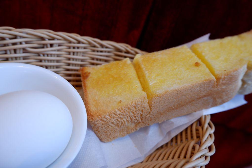 【台北 西湖站】客美多咖啡 Komeda's Coffee – 西湖店 @貝大小姐與瑞餚姐の囂脂私蜜話