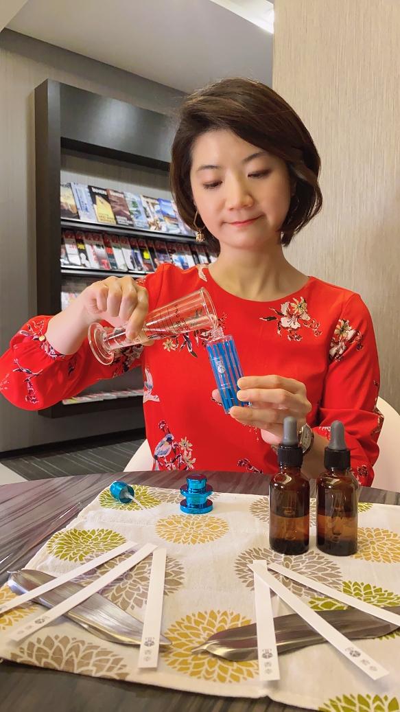 【品味生活】毛毛老師調香工作坊 香氣DIY / 香氣設計師 @貝大小姐與瑞餚姐の囂脂私蜜話