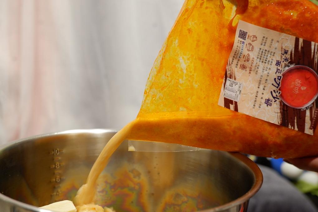 【人氣團購湯底】胡叻南洋叻沙湯底 宅在家也可以吃到異國風味料理 人氣推薦叻沙湯底 @貝大小姐與瑞餚姐の囂脂私蜜話