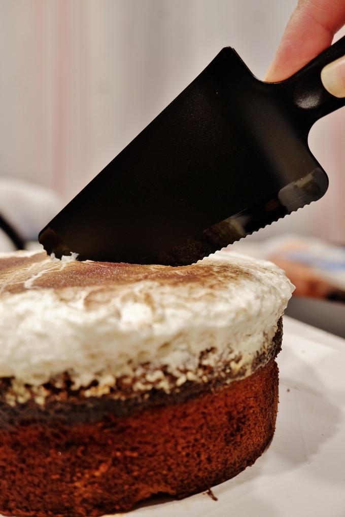 【網購甜點推薦】一刻醺甜-紀念時分 / 玫瑰紅酒白巧克力蛋糕 @貝大小姐與瑞餚姐の囂脂私蜜話