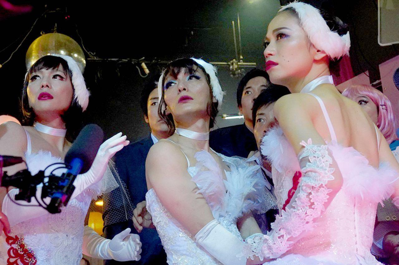 【電影】午夜天鵝 Midnight Swan @貝大小姐與瑞餚姐の囂脂私蜜話