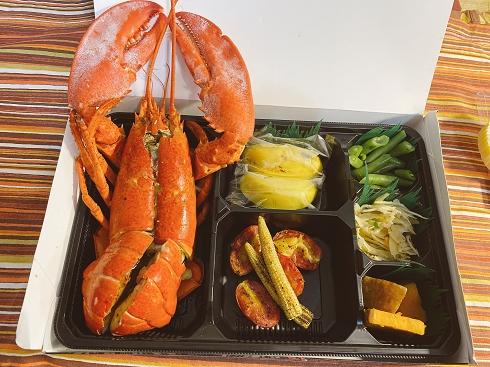 【新北 三重區便當】三個飽食堂 X 頂級奢華生日餐盒 @貝大小姐與瑞餚姐の囂脂私蜜話