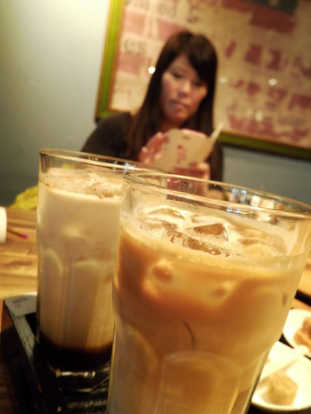 【高雄 獅甲站】A Little More 多一點咖啡館 高雄新灣館 @貝大小姐與瑞餚姐の囂脂私蜜話