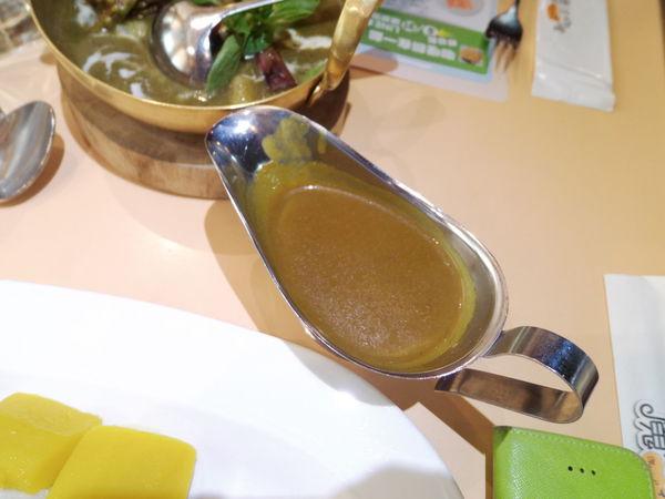 【台北 台北車站】魔法咖哩Magic Curry 凱撒店 @貝大小姐與瑞餚姐の囂脂私蜜話