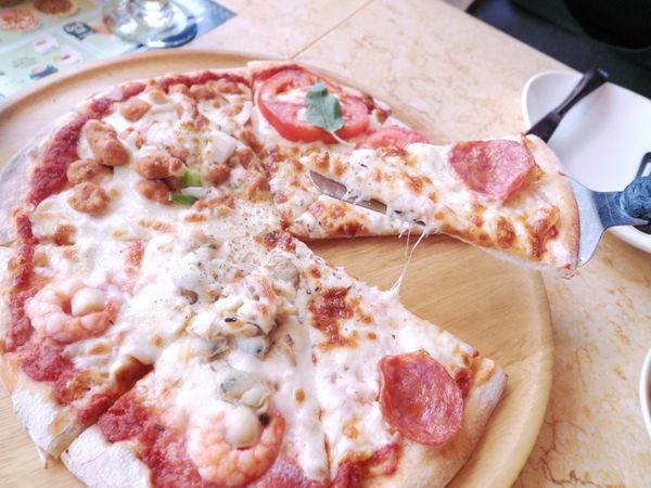 【台北 忠孝復興站】Wood Stone Pizza 木石披薩餐廳 @貝大小姐與瑞餚姐の囂脂私蜜話