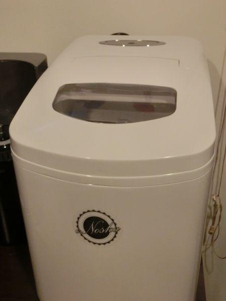 【小家電使用心得文】eNoska 義諾斯卡製冰機 ZB-18 @貝大小姐與瑞餚姐の囂脂私蜜話