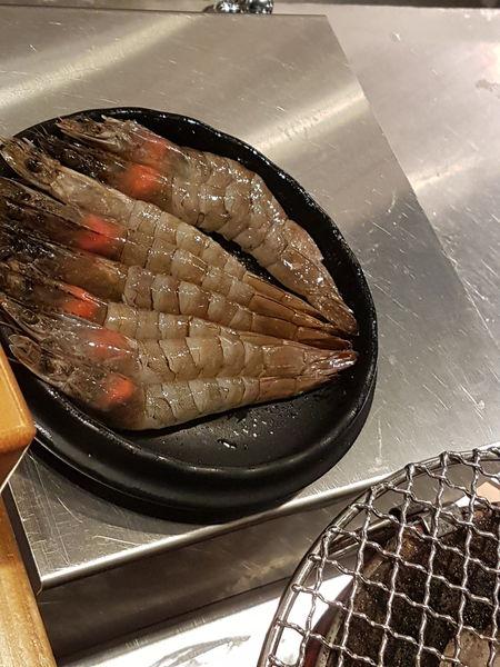 【新北 新莊美食】米 炭火燒肉小酒館 公園店 @貝大小姐與瑞餚姐の囂脂私蜜話