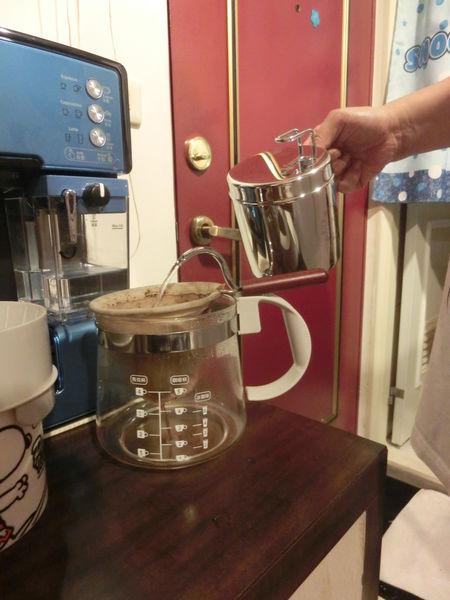 【美食DIY】手沖咖啡 @貝大小姐與瑞餚姐の囂脂私蜜話