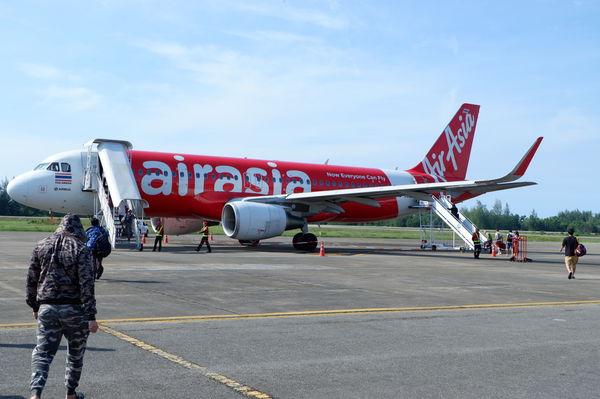 【泰國 曼谷 春蓬】AirAsia 亞洲航空 @貝大小姐與瑞餚姐の囂脂私蜜話