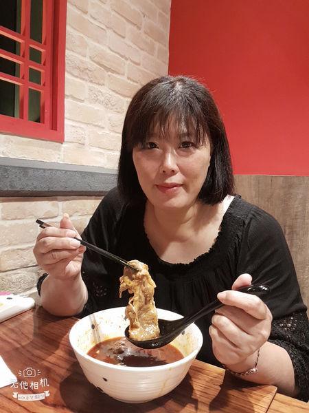 【台北 信義商圈】段純貞牛肉麵 信義威秀店 @貝大小姐與瑞餚姐の囂脂私蜜話
