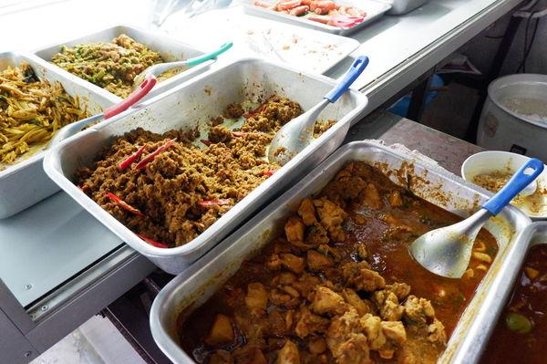 【泰國  曼谷】曼谷最在地早餐 @貝大小姐與瑞餚姐の囂脂私蜜話