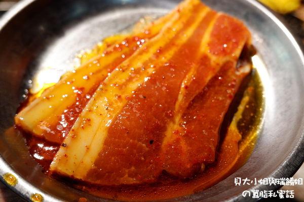 【台北 西門韓式烤肉】肉倉韓式烤肉 @貝大小姐與瑞餚姐の囂脂私蜜話